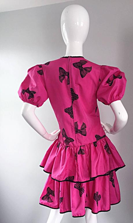 Rare 80s Betsey Johnson Punk Label Hot Pink + Black Bow Print Novelty Dress For Sale 4