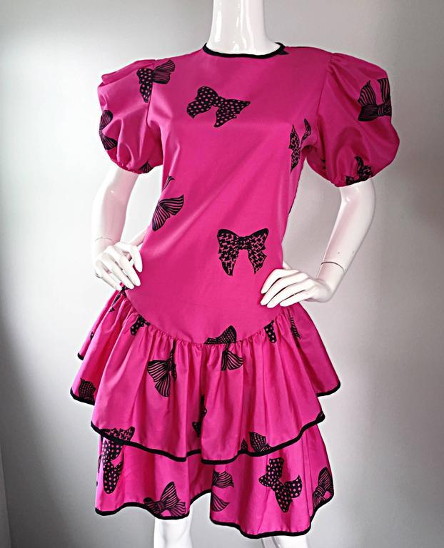 Rare 80s Betsey Johnson Punk Label Hot Pink + Black Bow Print Novelty Dress For Sale 5