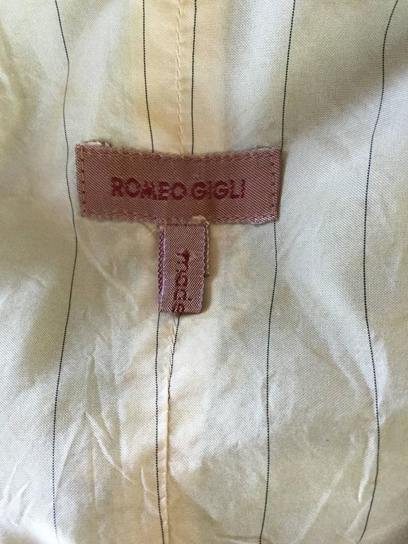 Romeo Gigli Vintage 1990s Blue Grey Silk 90s Fitted Cropped Waistcoat Vest For Sale 4