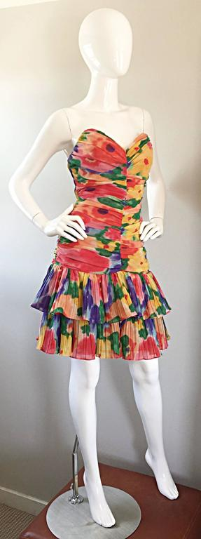 Amazing Vintage 1980s Watercolor Flower Print Strapless Ruched Tiered Dress 6