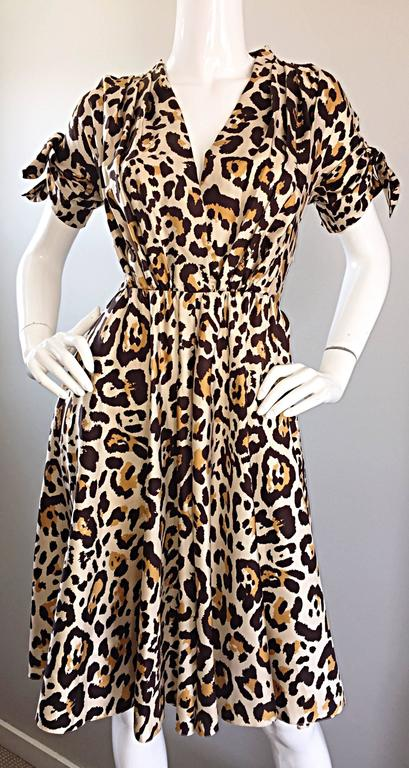 Beige John Galliano Christian Dior Size 10 Leopard Cheetah 1940s Style Silk Dress For Sale