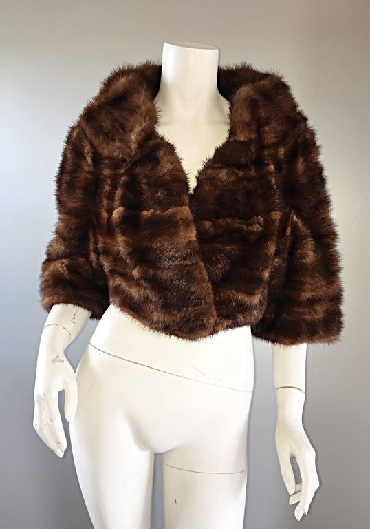 Luxurious 1950s 50s Vintage Brown Mink Cropped Chubby 3/4 Sleeve Bolero Jacket  9