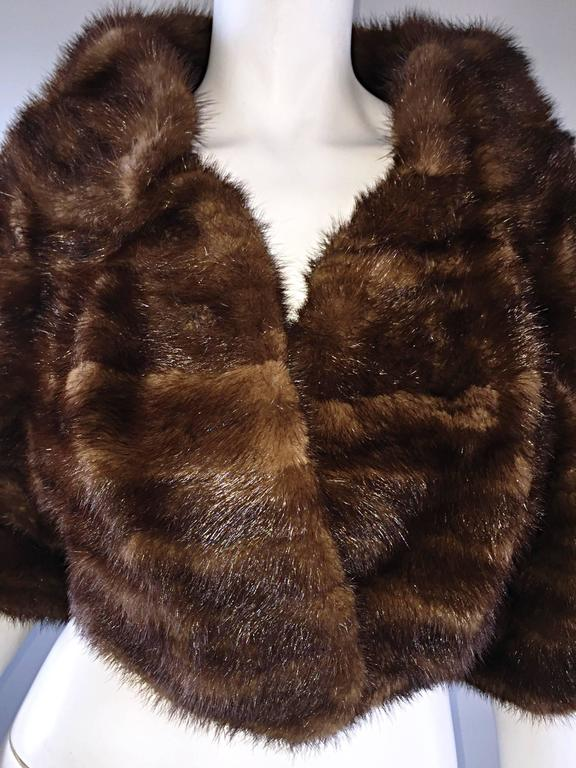 Luxurious 1950s 50s Vintage Brown Mink Cropped Chubby 3/4 Sleeve Bolero Jacket  6