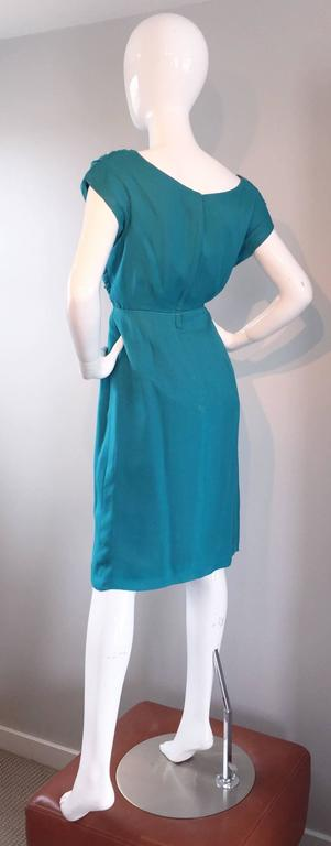 1950s Elliette Lewis Teal Blue Silk Chiffon 50s Vintage Dress w/ Pleated Bodice For Sale 2