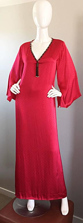 Incredible and rare vintage documented OSCAR DE LA RENTA (for SAKS 5th Avenue) red silk caftan from the iconic 1982 collection! There was a whole section of caftans from this collection in the ODLR exhibit at the De Young Museum! Words cannot even
