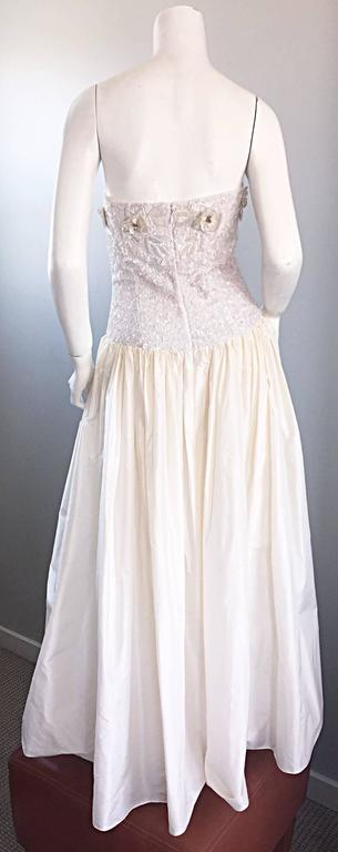 Beautiful Vintage Richilene White Silk Taffeta Sequin Beaded Evening Gown Dress For Sale 2