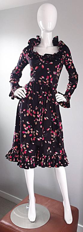 Vintage Victor Costa 1970s 70s Black Tulip Print Taffeta Belted Ruffle Dress 2