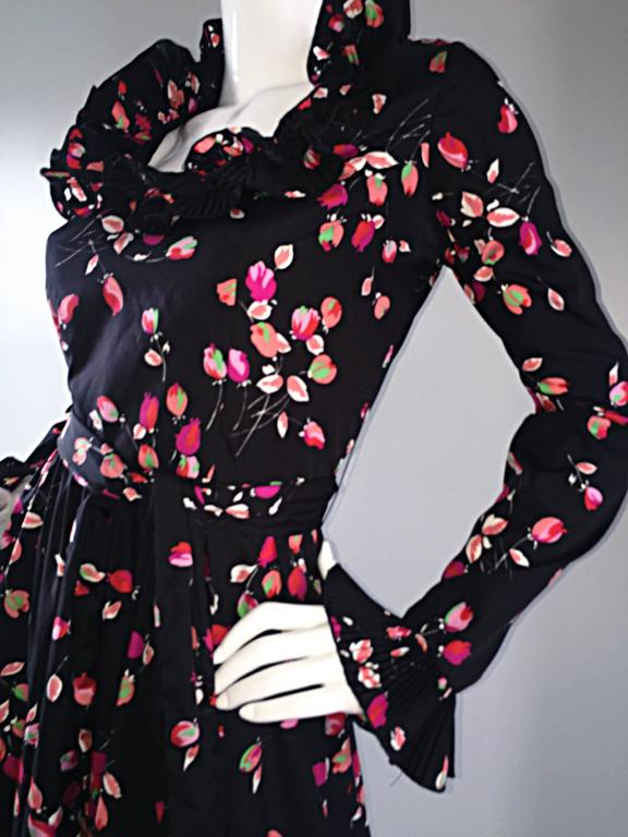 Vintage Victor Costa 1970s 70s Black Tulip Print Taffeta Belted Ruffle Dress 3