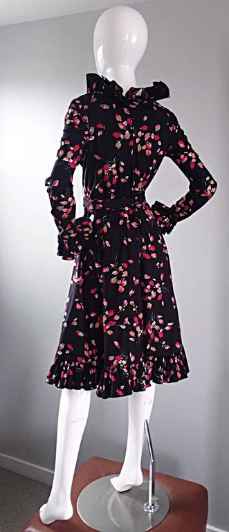 Vintage Victor Costa 1970s 70s Black Tulip Print Taffeta Belted Ruffle Dress 5