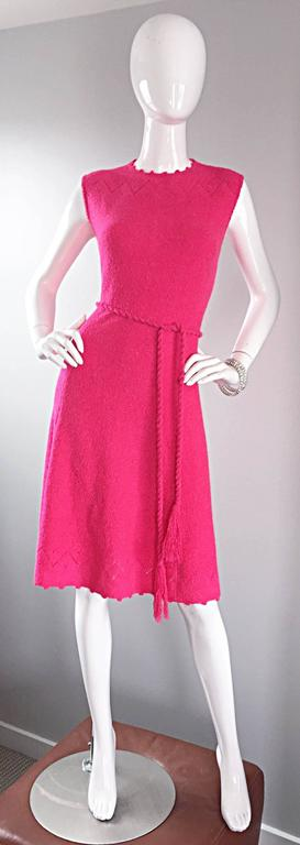 1960s St. John Hot Pink Crochet Knit A - Line 60s Vintage Dress w/ Tassel Belt For Sale 5