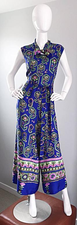 Fantastic 1970s Vintage Blue Geometric Paisley Wide Leg Palazzo Pant Jumpsuit For Sale 6