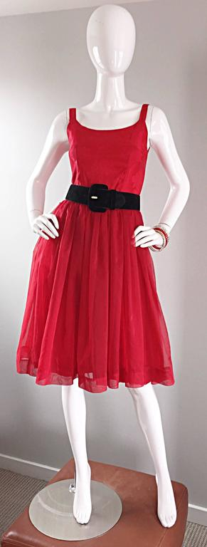 Gorgeous 1950s 50s Lipstick Red Demi Couture Silk Brocade Cocktail Dress For Sale 3