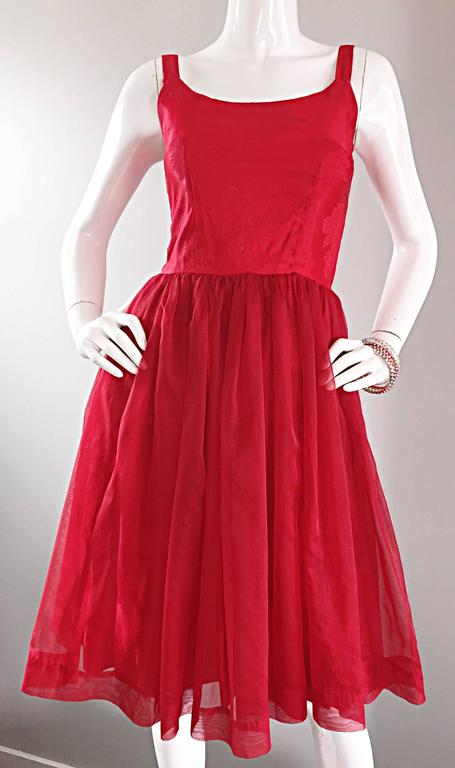 Gorgeous 1950s 50s Lipstick Red Demi Couture Silk Brocade Cocktail Dress For Sale 2