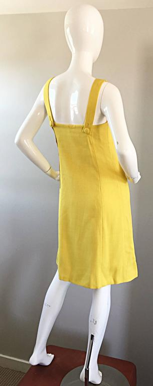 1960s Paul Stanley New York Canary Yellow Vintage Linen 60s A - Line Shift Dress For Sale 4