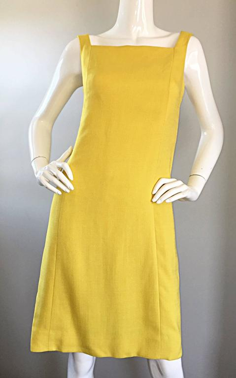 1960s Paul Stanley New York Canary Yellow Vintage Linen 60s A - Line Shift Dress For Sale 3