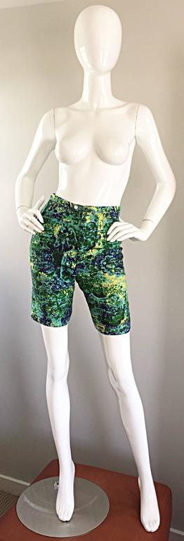 Rare vintage 1960s shorts by hard to find label MR. PANTS for JOSEPH MAGNIN! Super flattering fit, with a mod / retro silhouette. Blue, green, and yellow watercolor print throughout. Zipper fly, with both interior and exterior button at front