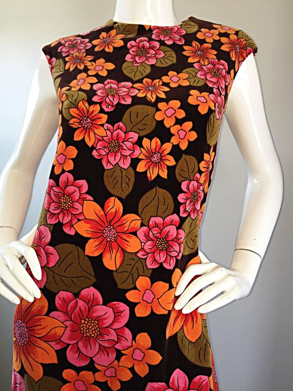 Women's 1960s Dynasty Pink + Orange + Brown Velvet Vintage Late 60s Flower Maxi Dress For Sale