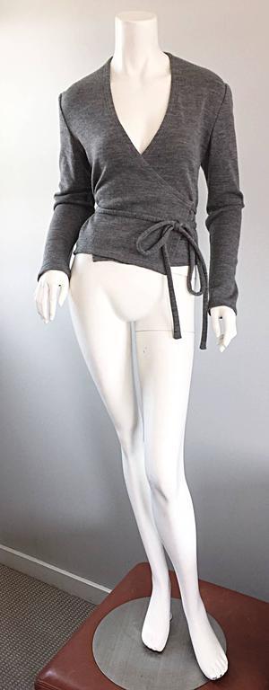 Geoffrey Beene Vintage Dark Heather Grey Size 6 Light Wool Wrap Cardigan Sweater 4