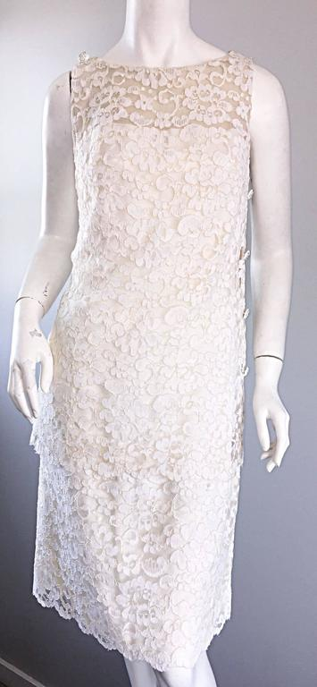 Lisa Howard Vintage White Lace 1960s 60s Rhinestone Buttons Tiered Shift Dress For Sale 2
