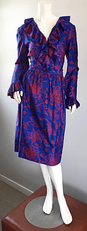 1960s Yen Yen of Malaya Blue & Red Silk Vintage Ruffle 60s Flower Thai Dress For Sale 1