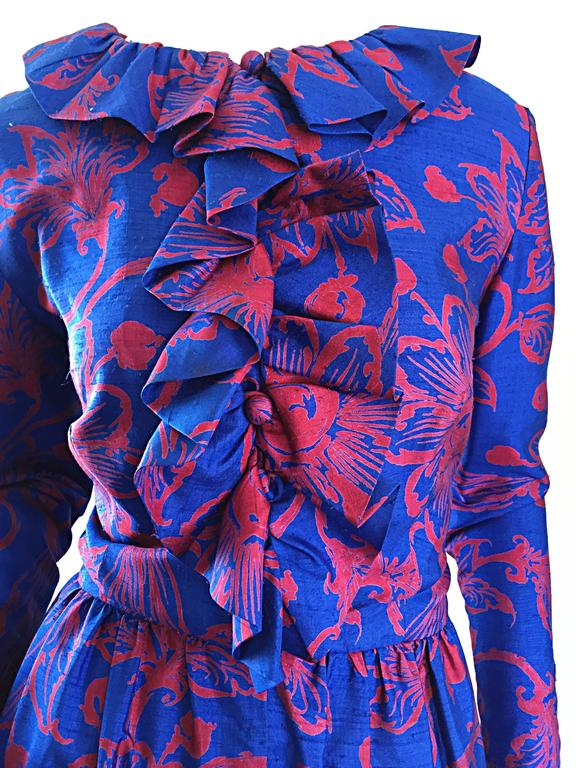 1960s Yen Yen of Malaya Blue & Red Silk Vintage Ruffle 60s Flower Thai Dress In Excellent Condition For Sale In Chicago, IL