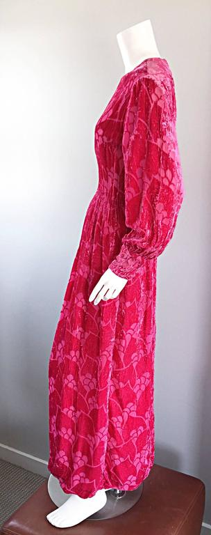 Vintage Elizabeth Arden 1970s Hot Pink Fuchsia Crushed Silk Velvet Maxi Dress 7