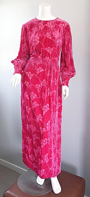 Vintage Elizabeth Arden 1970s Hot Pink Fuchsia Crushed Silk Velvet Maxi Dress 6