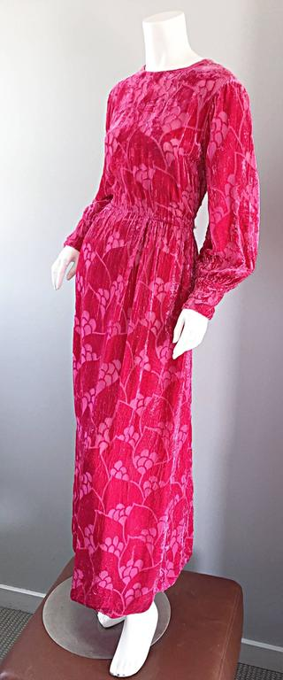Vintage Elizabeth Arden 1970s Hot Pink Fuchsia Crushed Silk Velvet Maxi Dress 4