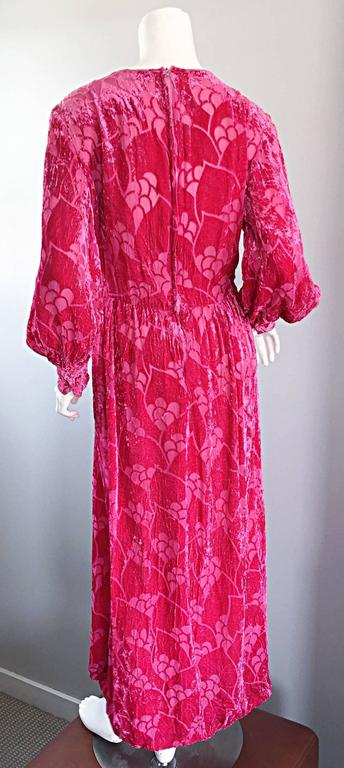 Vintage Elizabeth Arden 1970s Hot Pink Fuchsia Crushed Silk Velvet Maxi Dress 8