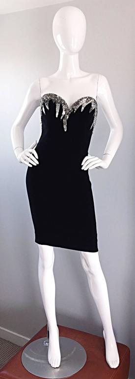 Bob Mackie Vintage Black and Silver Sequin Bodycon Strapless Mini Dress Size 4 For Sale 5