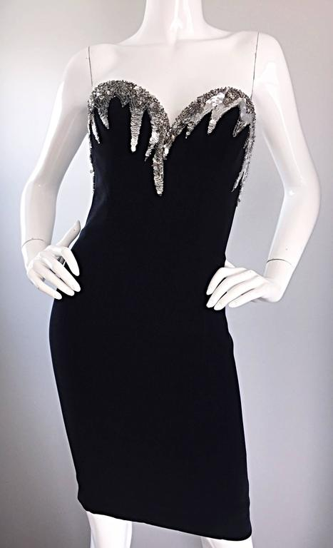 Bob Mackie Vintage Black and Silver Sequin Bodycon Strapless Mini Dress Size 4 For Sale 3