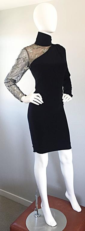 Vintage Bob Mackie Black Sequin Nude Illusion Silver Sequin ' Star ' Dress 4 - 6 For Sale 3