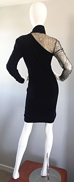 Vintage Bob Mackie Black Sequin Nude Illusion Silver Sequin ' Star ' Dress 4 - 6 For Sale 2