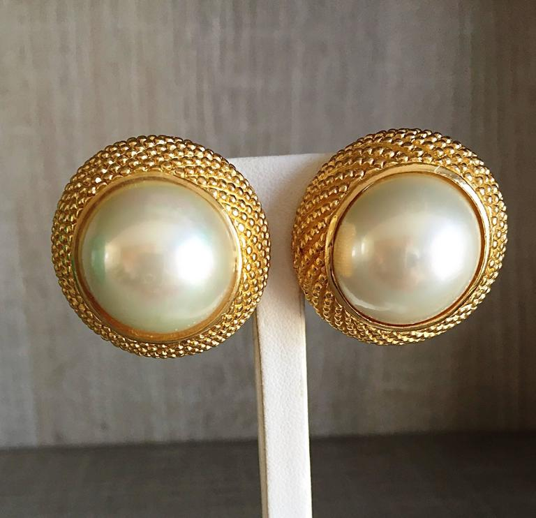Vintage Christian Dior 1990s Signed Large Pearl Gold Dome Clip On 90s Earrings  5