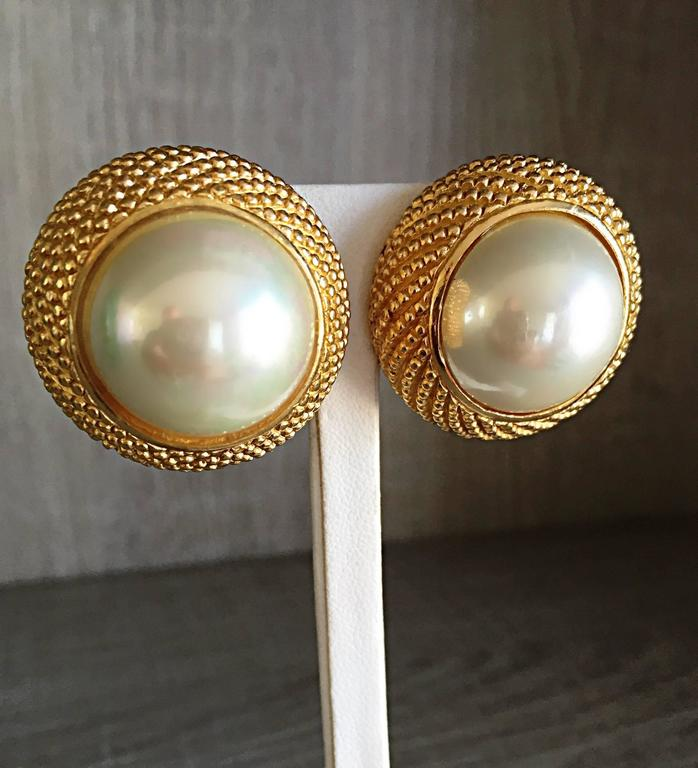 Vintage Christian Dior 1990s Signed Large Pearl Gold Dome Clip On 90s Earrings  9