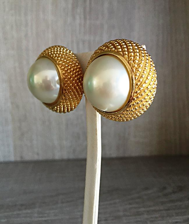 Vintage Christian Dior 1990s Signed Large Pearl Gold Dome Clip On 90s Earrings  7