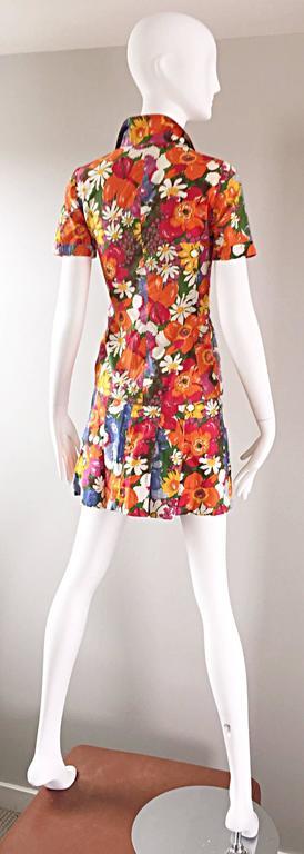 1960s Zibaut French Mod Colorful Flower Cotton Blouse & Skirt Vintage Dress Set For Sale 2