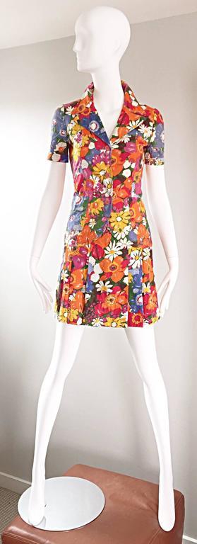 1960s Zibaut French Mod Colorful Flower Cotton Blouse & Skirt Vintage Dress Set For Sale 4