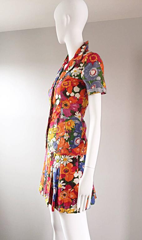1960s Zibaut French Mod Colorful Flower Cotton Blouse & Skirt Vintage Dress Set For Sale 3