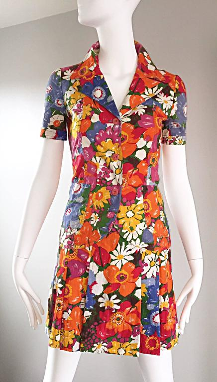 1960s Zibaut French Mod Colorful Flower Cotton Blouse & Skirt Vintage Dress Set For Sale 1