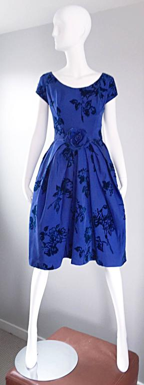 Sensational 1950s Demi Couture Royal Blue Silk Flower Abstract 50s Vintage Dress 2