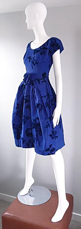 Sensational 1950s Demi Couture Royal Blue Silk Flower Abstract 50s Vintage Dress 4