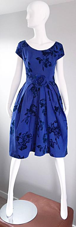 Sensational 1950s Demi Couture Royal Blue Silk Flower Abstract 50s Vintage Dress 9