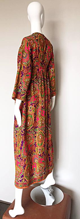 Vintage Joseph Magnin 1970s Psychedelic Paisley 70s Colorful Caftan Maxi Dress For Sale 1