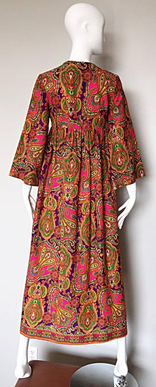 Vintage Joseph Magnin 1970s Psychedelic Paisley 70s Colorful Caftan Maxi Dress For Sale 2