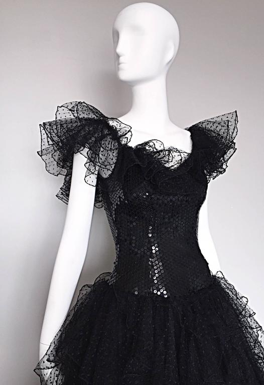 Incredible Vintage David Fielden 80s Black Silk Sequin Tulle British Ball Gown  In Excellent Condition For Sale In Chicago, IL