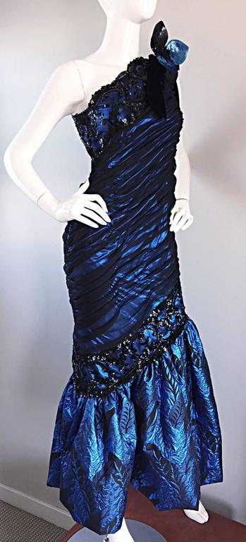 Vintage Ann Lawrence Blue + Black Silk Chiffon One Shoulder Beaded Mermaid Gown In Excellent Condition For Sale In Chicago, IL