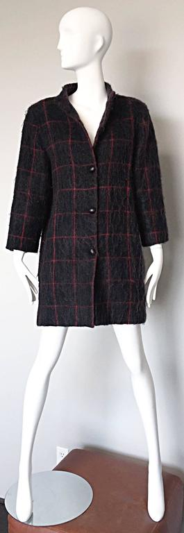 Vintage Geoffrey Beene Beene Bag Grey + Red Plaid Mohair Wool Swing Jacket Coat For Sale 1
