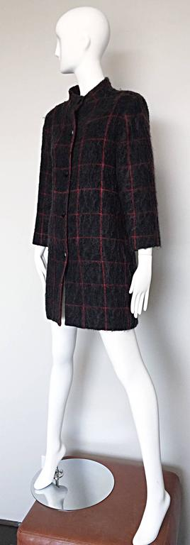 Vintage Geoffrey Beene Beene Bag Grey + Red Plaid Mohair Wool Swing Jacket Coat For Sale 2