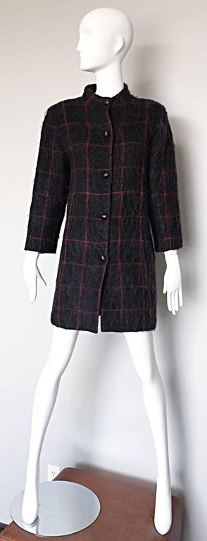 Vintage Geoffrey Beene Beene Bag Grey + Red Plaid Mohair Wool Swing Jacket Coat For Sale 4